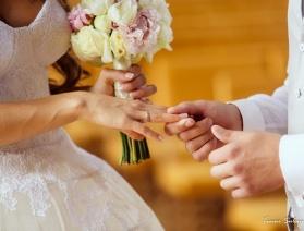 Россиян освободили от штампа о браке в паспорте